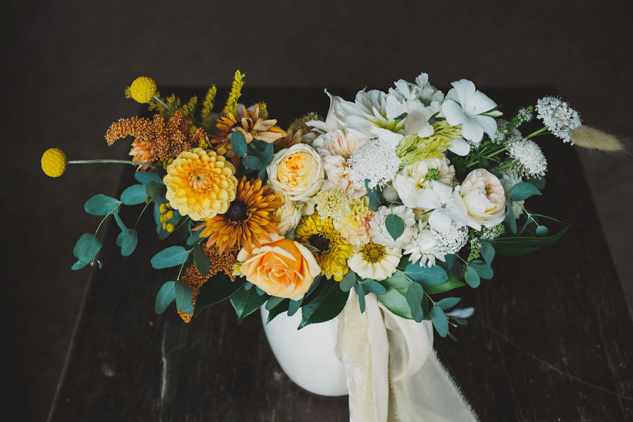 yellow ombre bridal bouquet