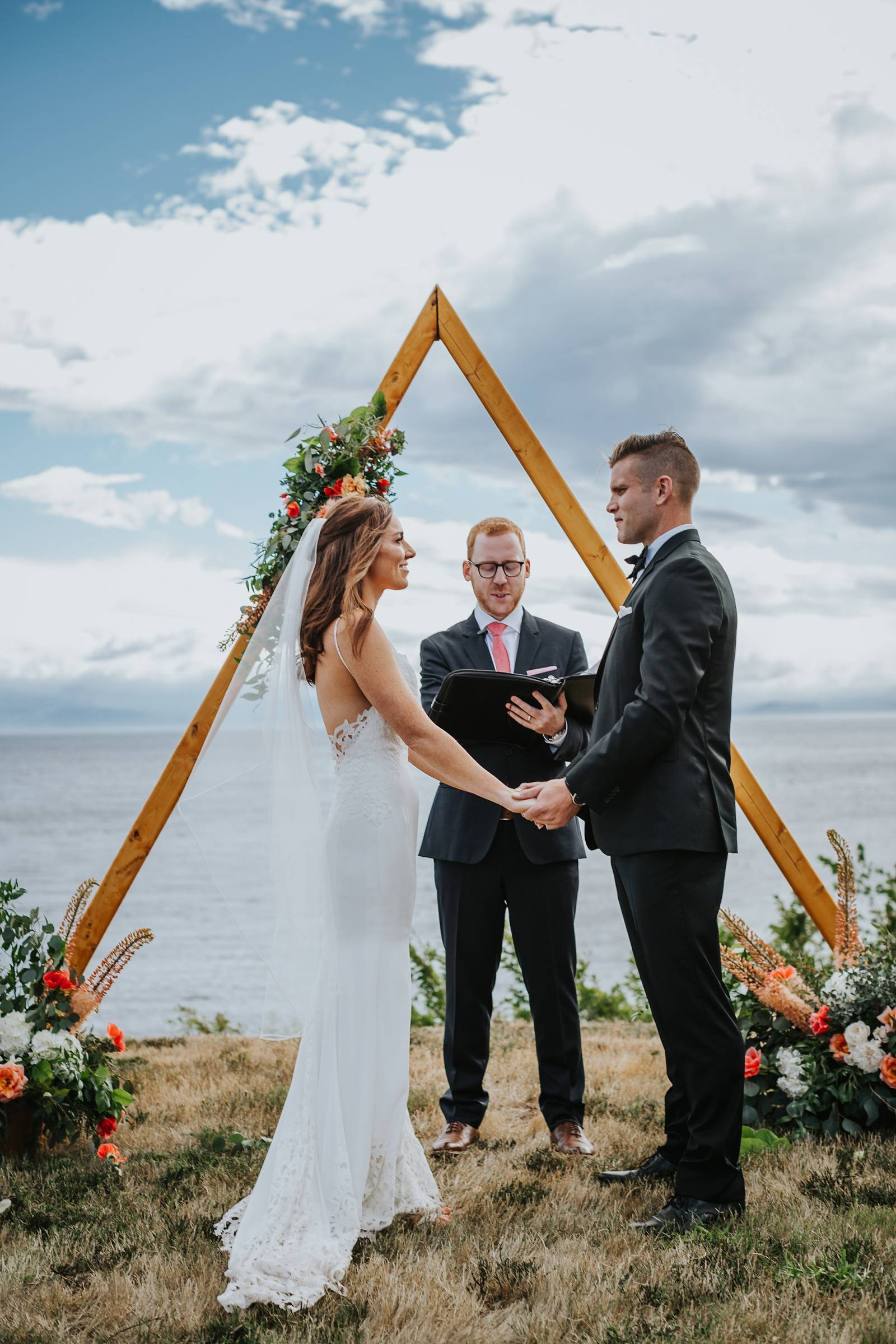 triangle arch wedding The Good Party