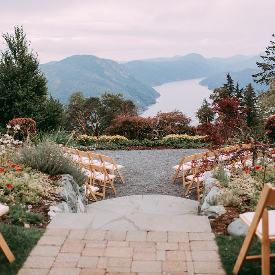 Villa Eyrie wedding view ceremony